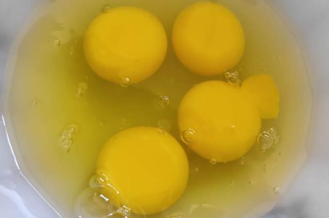 Prawns Pulao with Eggs - A tasty egg coated prawns Pulao